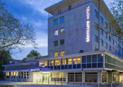 Mercure Hotel Dortmund Centrum Aussenansicht Seitlich Nacht