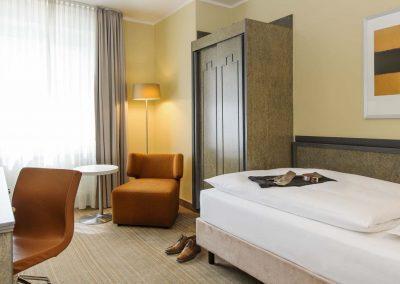 Mercure Hotel Dortmund Centrum Einzelzimmer Standard Bettansicht